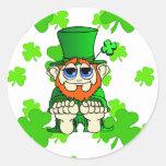 Irlandés pequenito del pedazo O Pegatinas Redondas