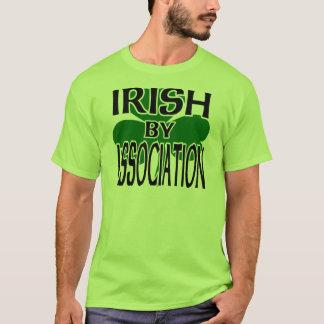Irlandés por la asociación con el trébol grande, playera
