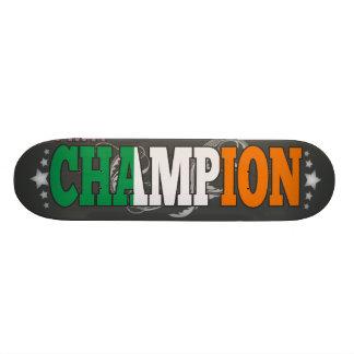 Irlandés y un campeón skateboard