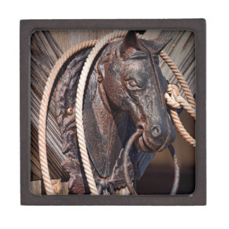 Iron Horse Hitching Post and Rope Gift Box