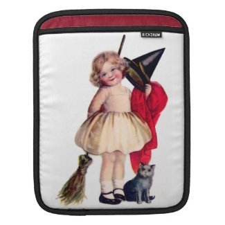 Ellen H. Clapsaddle: Little Witch with Cat