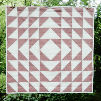 """40"""" x 40"""" Betsy Patchwork Unisex Baby Quilt"""