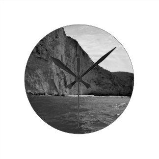 Isla 4 de B&W Zakynthos Reloj Redondo Mediano