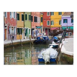 Isla de Burano, Burano, Italia. 2 coloridos Postal