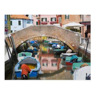 Isla de Burano, Burano, Italia. Colorido Tarjetas Postales
