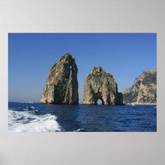Isla de Capri, Faraglioni Posters