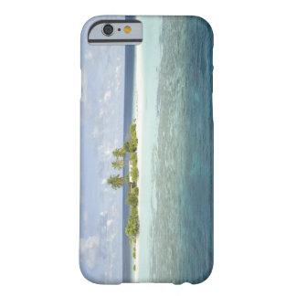 Isla de Dhiggiri, atolón del sur de Ari, los Funda De iPhone 6 Barely There