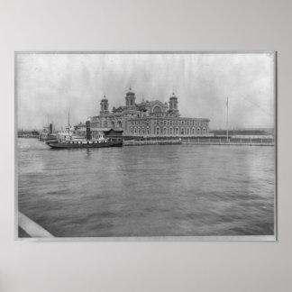 Isla de Ellis, N.Y. - estación 1913 de la inmigrac Póster