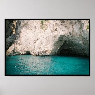 Isla de la gruta del azul de Capri Posters
