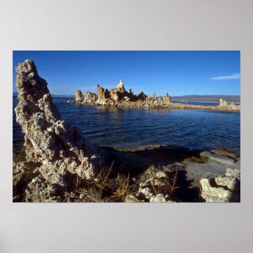 Isla de la toba volcánica, mono lago, California Póster