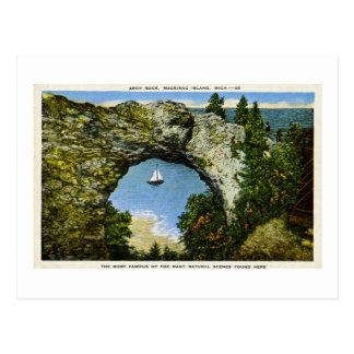 Isla de Mackinac de la roca del arco, Michigan Postales