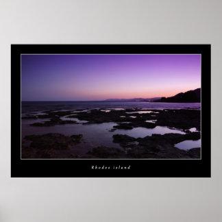 Isla de Rodas por el poster de la noche
