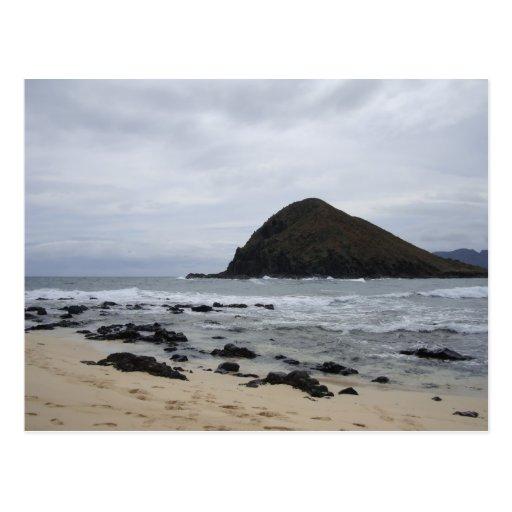 Isla en el mar tarjetas postales