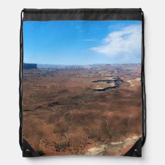 Isla en el parque nacional Utah de Canyonlands del Mochilas
