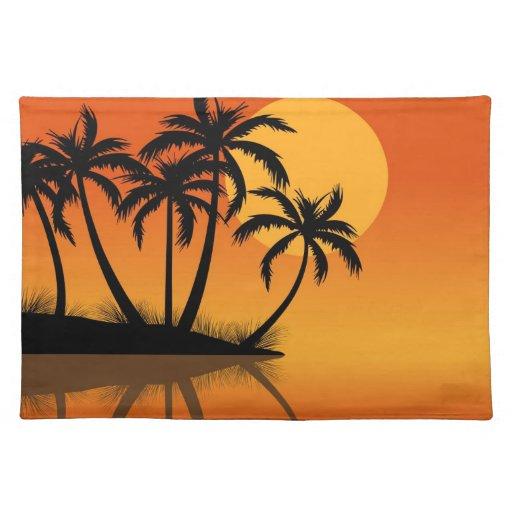 Isla en la estera de lugar de la puesta del sol mantel