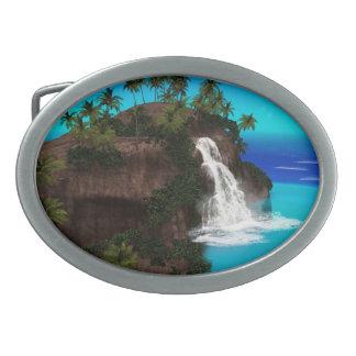 Isla hermosa con la cascada hebilla de cinturón oval