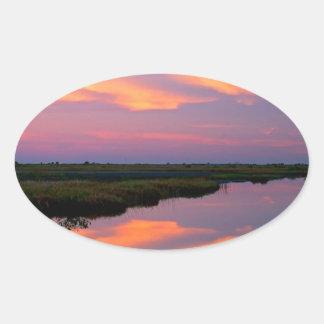Isla la Florida de Merritt de la salida del sol Calcomanía Óval Personalizadas