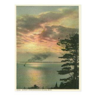 Isla Michigan de Mackinac de la puesta del sol del Tarjetas Postales