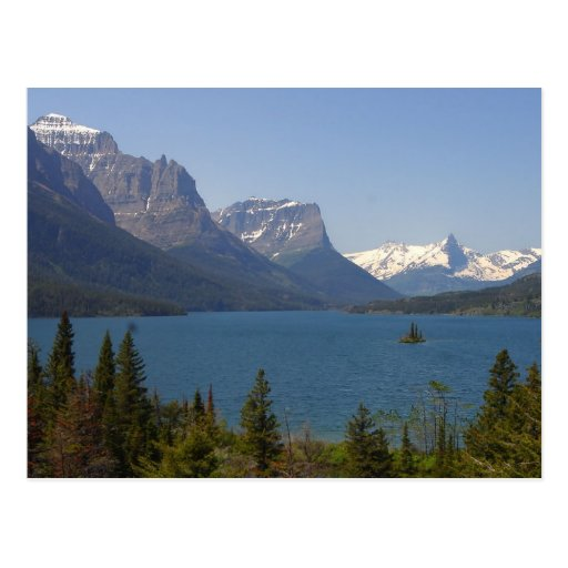 Isla salvaje del ganso en el lago st Mary en el gl Postal