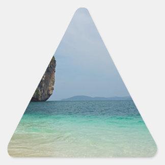 isla tropical pegatina triangular