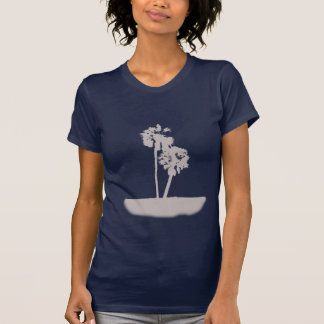 Island with pamls shirt