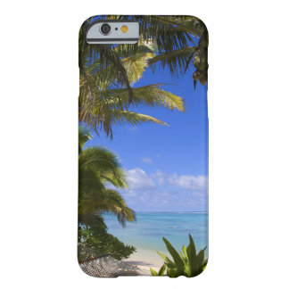 Islas de cocinero alineadas palma de la playa 2 funda de iPhone 6 barely there