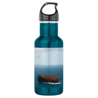 Isolated islet 18oz water bottle