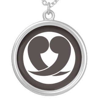 It is different to the circle, two 巴 round pendant necklace
