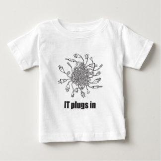 IT Plugs In Tshirt