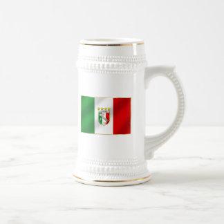 Italia 4 mide el tiempo del camisetas y de los reg tazas de café