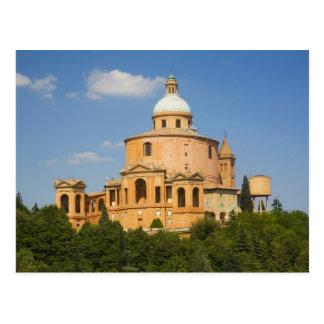 Italia, Bolonia, día soleado con Portico di San Postal