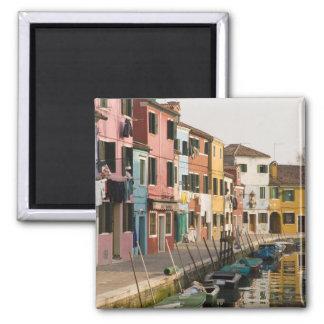 Italia, Burano. Casas coloridas de la línea a Imán De Frigorífico