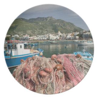 ITALIA, Campania, (bahía de Nápoles), ISQUIONES, F Platos De Comidas