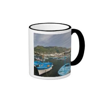 ITALIA, Campania, (bahía de Nápoles), ISQUIONES, F Taza De Café