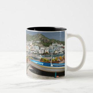 ITALIA, Campania, (bahía de Nápoles), ISQUIONES, Tazas De Café