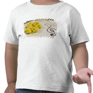 Italia, Cento. Una placa del tortellini del queso Camiseta