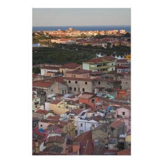 Italia, Cerdeña, Bosa. Opinión de la ciudad de Cas Fotografía