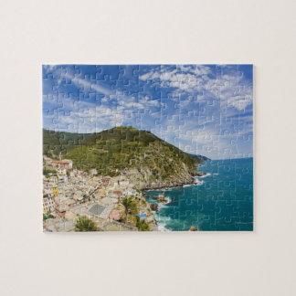 Italia, Cinque Terre, Vernazza, ciudad de la lader Rompecabezas Con Fotos