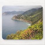 Italia. Coastal que camina área entre los pueblos Tapetes De Ratones