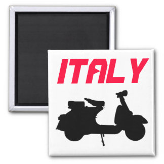 Italia con la vespa imán cuadrado