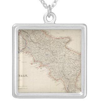 Italia del sur con las islas maltesas collares