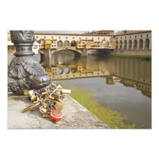 Italia, Florencia, cerraduras del amor y reflexion Fotografías