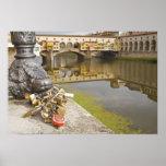 Italia, Florencia, cerraduras del amor y reflexion Poster