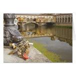 Italia, Florencia, cerraduras del amor y reflexion Tarjeta