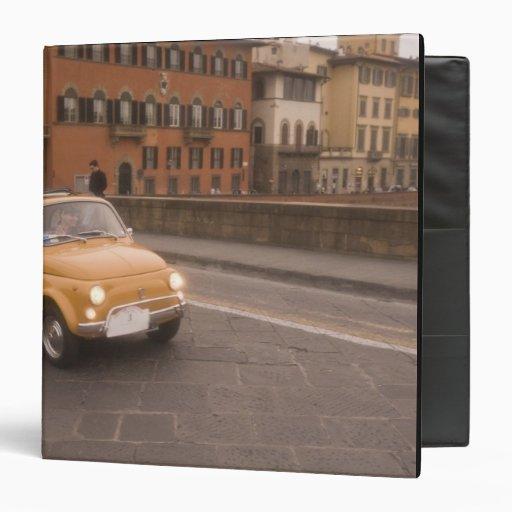 "Italia, Florencia. Fiat 800 cruces Arno de la reun Carpeta 1 1/2"""