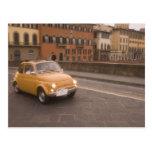 Italia, Florencia. Fiat 800 cruces Arno de la reun Tarjeta Postal