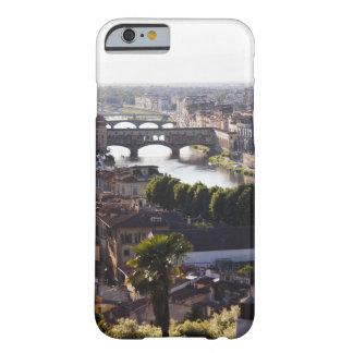 Italia, Florencia, Ponte Vecchio y el río Arno Funda De iPhone 6 Barely There