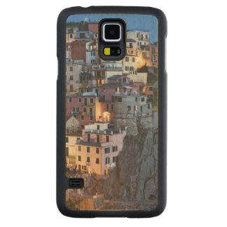 Italia, Manarola. La oscuridad cae en una ciudad Funda De Galaxy S5 Slim Arce