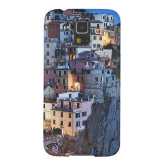 Italia, Manarola. La oscuridad cae en una ciudad d Carcasa Para Galaxy S5