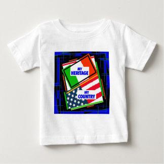 Italia,… mi herencia, los E.E.U.U.,… mi país Playera De Bebé